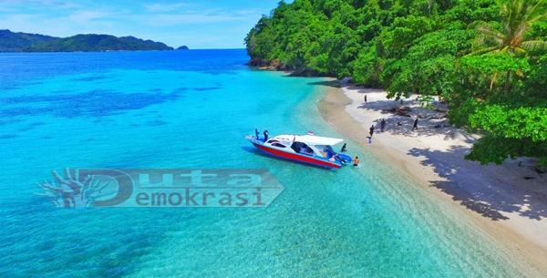 Mendengar Desas-Desus Eyang Klaim Pulau Lampu, Tokoh Bicara