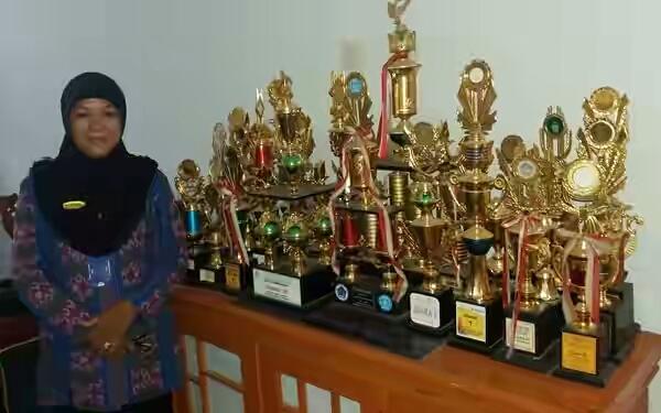 UN SMP Tuntas, Tim Akreditas Nilai SMP 8 Kotamobagu